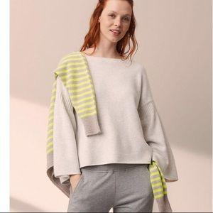 NWT Lou & Grey Bell Sleeve Sweater